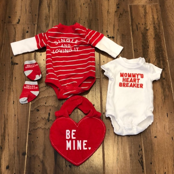 NWT CARTER/'S Bodysuit NEWBORN BABY Mommy/'s Heart Breaker